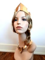 Sleeping Beauty Crown and Necklace by salvagedsword
