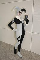 Black and White Harley Quinn by Tarulein
