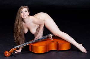 Jesse June and a cello by huitphotography