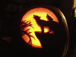 wolf pumpkin by The-EvIl-Plankton