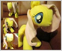 Fluttershy Plushie by buttsnstuff