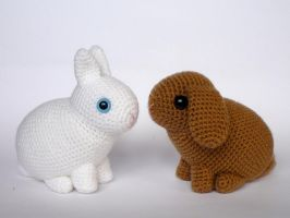 Dwarf rabbits by LunasCrafts