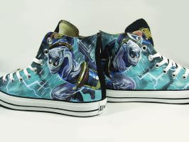 Fan art of Zed , hand painted on Converse by Annatarhouse