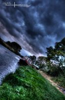 HDR Canal. by ElementaryDearWatson