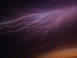 Lightning by LYindae