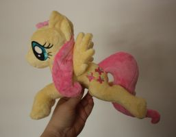 Fluttershy Shoulder Pony / Flying Pony by Siora86