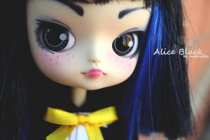 Alice Black... by miercoles666
