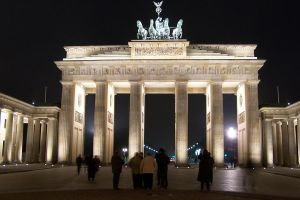 Brandenburg Gate by Brianetta