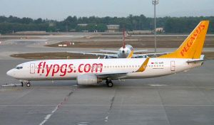 Pegasus Airlines Boeing 737-800 TC-AAR by AltoShipper