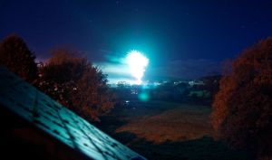 Night time Fireworks by H00dMan