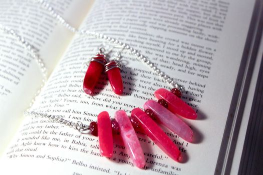 Pink Crystal Necklace Set by Squeakboutique
