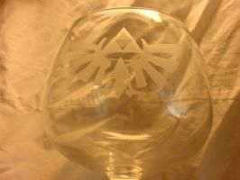 Zelda triforce engraved glass by Yuki-Myst