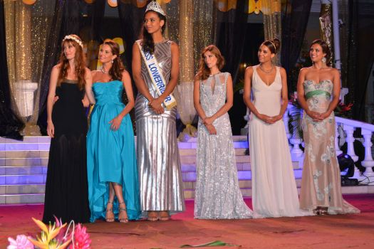 Tall woman  beauty pageant by lowerrider