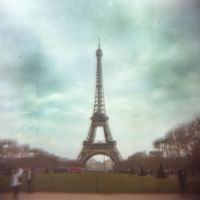 Eiffel Tower by Sting1