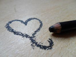 Eye Liner Heart by tracysuzanne