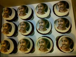 Happy Birthday, Meera! Cupcakes by missblissbakery
