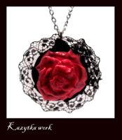 red rose pendant by Nerisa