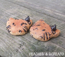 Hello Kitty Chocolate Chip Cookie Charms by Vixie-Bee