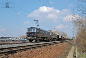 450 005 and 004 with freight train near Gyor by morpheus880223