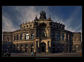 Dresden Semperoper by stg123