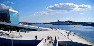 Oslo: Opera House by Tiemen-S