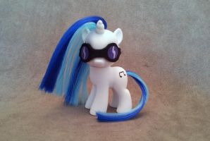 MLP: FiM - filly DJ pony - custom by hannaliten