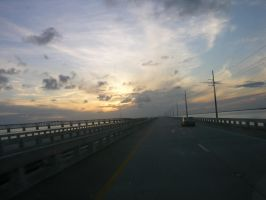 7 Mile Bridge by Dijikuru2525