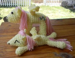 Fluttershy amis by gwilly-crochet