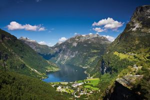 Geiranger Fjord by DominikaAniola