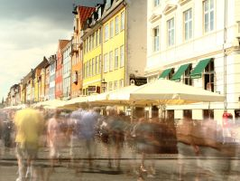 Nyhavn is busy by pictureprince