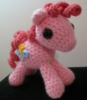 My Little Pony - Pinkie Pie with Cutie Mark by kaerfel