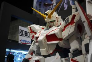 RX-0 Unicorn Gundam 2 AX11 by Aeros15