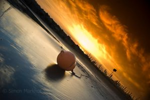 wet sand + red sky by 5iM0N