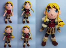 Astrid (How to train your dragon) plush evolution by tstelles