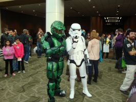 Master Chief and a Stormtrooper by Lillagon
