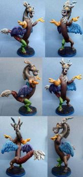 Discord by DaOldHorse