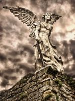 Angel guardian by Andrarena