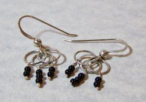 Silver Circles and Black Onyx Beads Earrings by SoundwarpSG-1