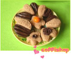 Plate of cookies scale 1:12 by coffishop