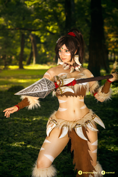 Nidalee - League of Legends cosplay IV. by EnjiNight