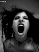 Screaming rage by SilvieTepes