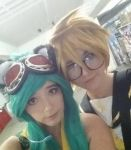 Len and Gumi cosplay by kitsunehatsune