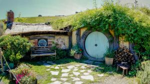 A Hobbit Hole by UberPickleMonkey