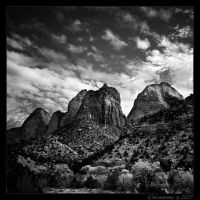 Towers of Zion by aponom