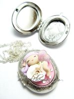 Fairy locket Necklace by AlchemianShop