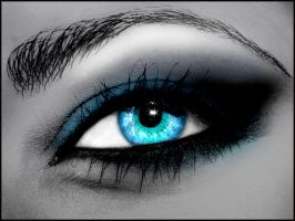 Sparkling Eye by donia