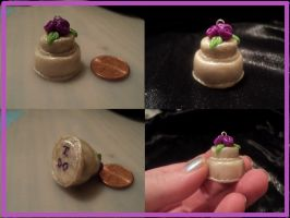Wedding cake pendant by AquariusStar82