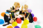 Kagamine Twin - Party Time by vaxzone