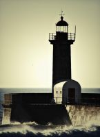 Lighthouse Foz by mobetter