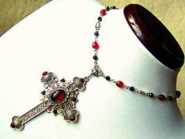 Lucrezia - Renaissance / Gothic cross necklace by monashierogliphica